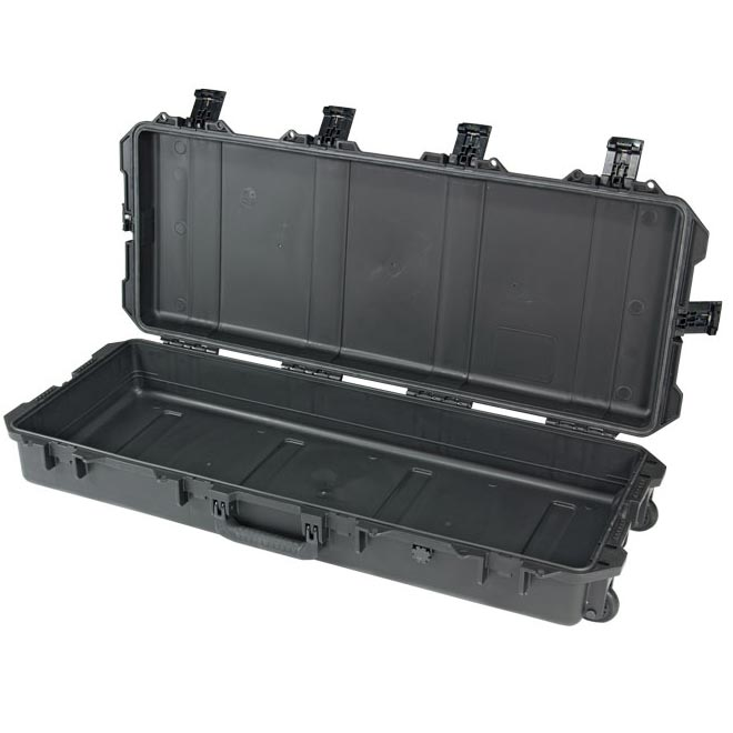73100NF Pelican Storm iM3100 Wheeled Case - NO FOAM