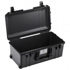 71556NF Pelican 1556 Air Wheeled Case 21x10x9 - NO FOAM
