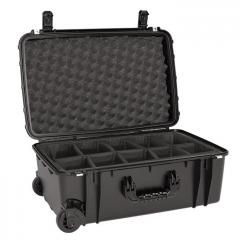 66251D Seahorse SE920 Wheeled Case 22x13x8 with Padded Divider
